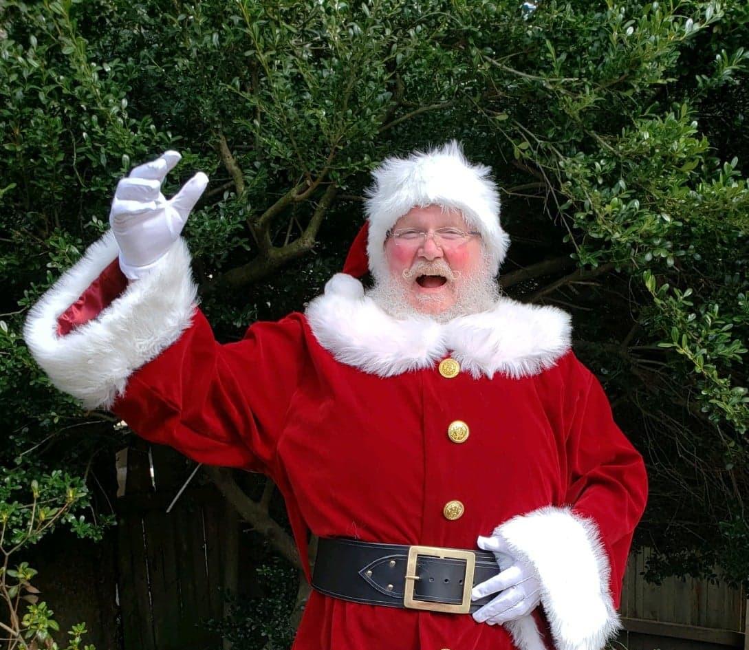 Santa CAN sing!!!