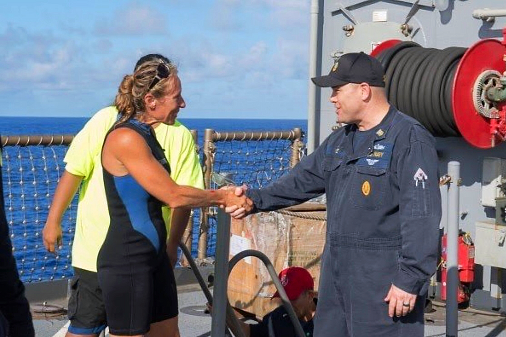 Jennifer Appel thanking the Navy for her rescue