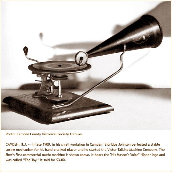 ccnews138_01_big victor talking machine.