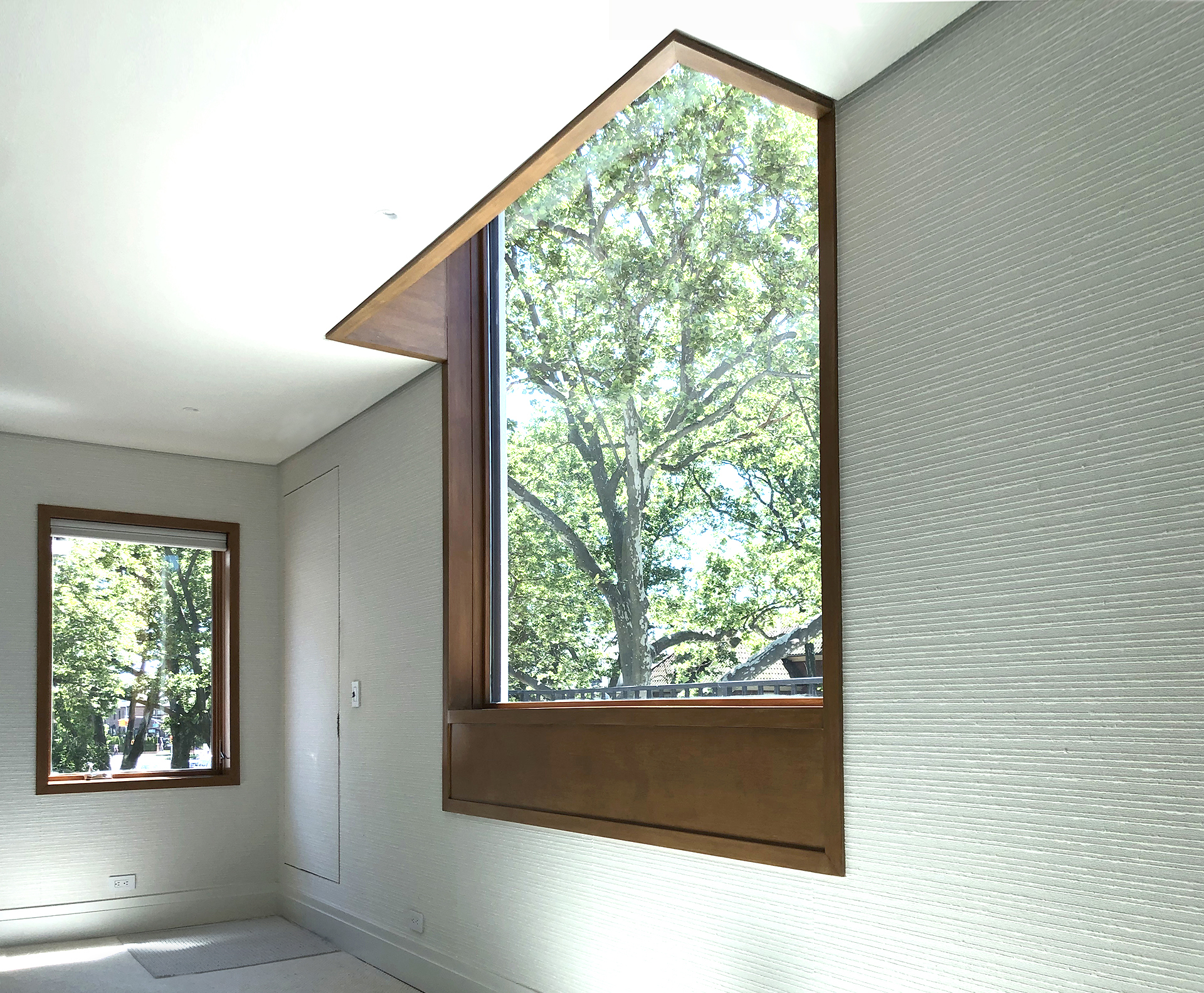 int14A_MasterBedroomWindow