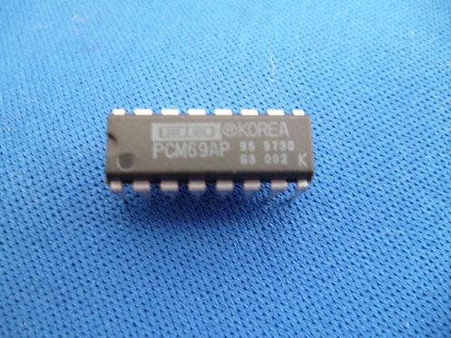 PCM69AP D/A Converter