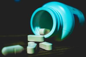 الأدوية المزيفة
