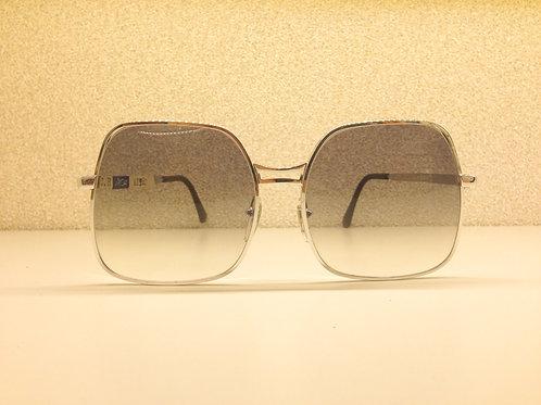 Moa Grey Lens - 16