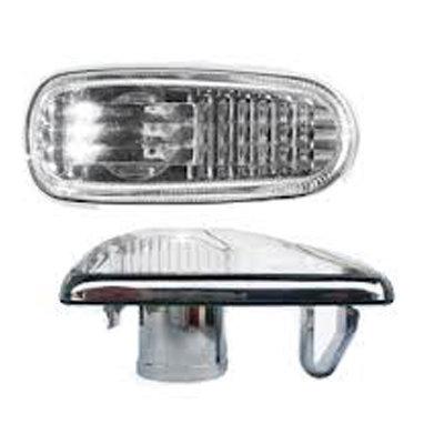 Повторитель поворота ВАЗ 2110 белый с лампой