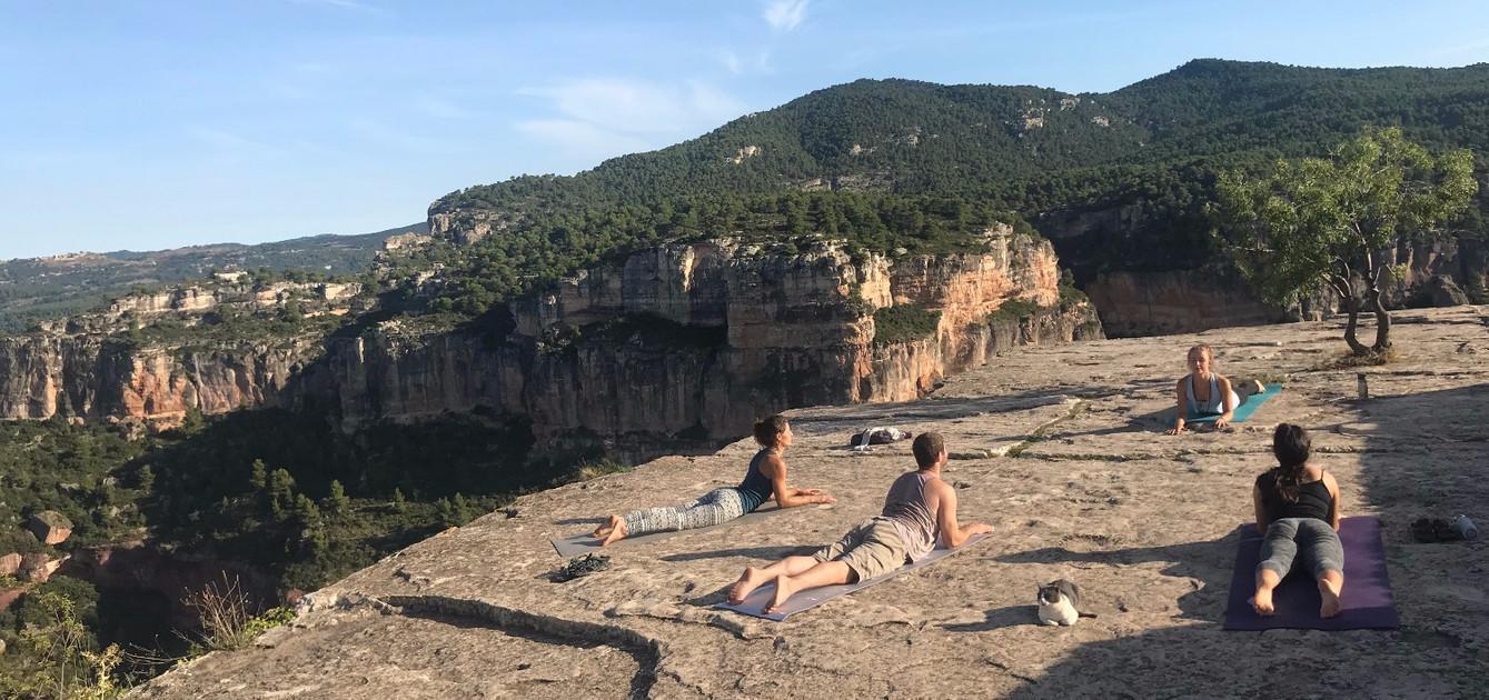 Yoga for climbers with Ieva Luna in Siurana