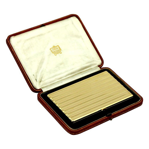 Cartier London 1947 18 Karat Yellow Gold Ruby Clasp Cigarette Case