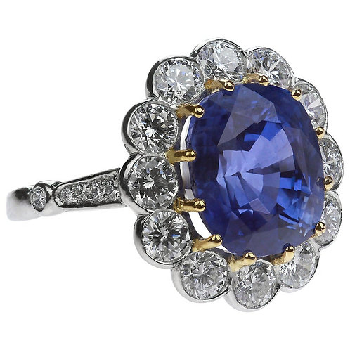 Certified Natural Untreated Sapphire 9.22 Carat and Diamond Ring in Platinum