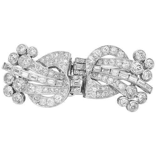 Art Deco 1920, Old European and Baguette Diamonds Double Clip Brooch in Platinum
