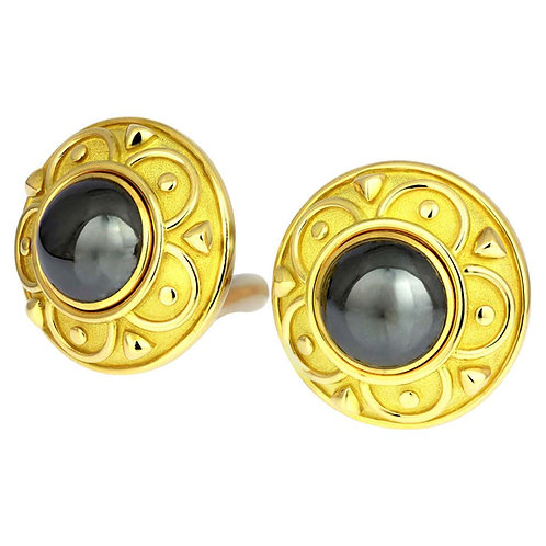 De Vroomen a Pair of Round Clip-On Earrings Hematite British Hallmarked 18 Karat