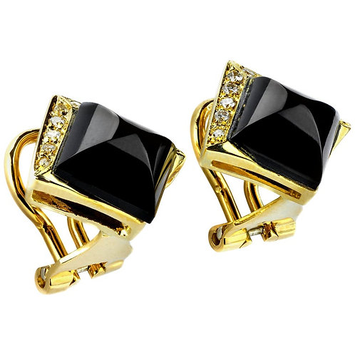 Diamond and Onyx Pair of Earrings, in 18 Karat Gold Pin and Omega Lever Back
