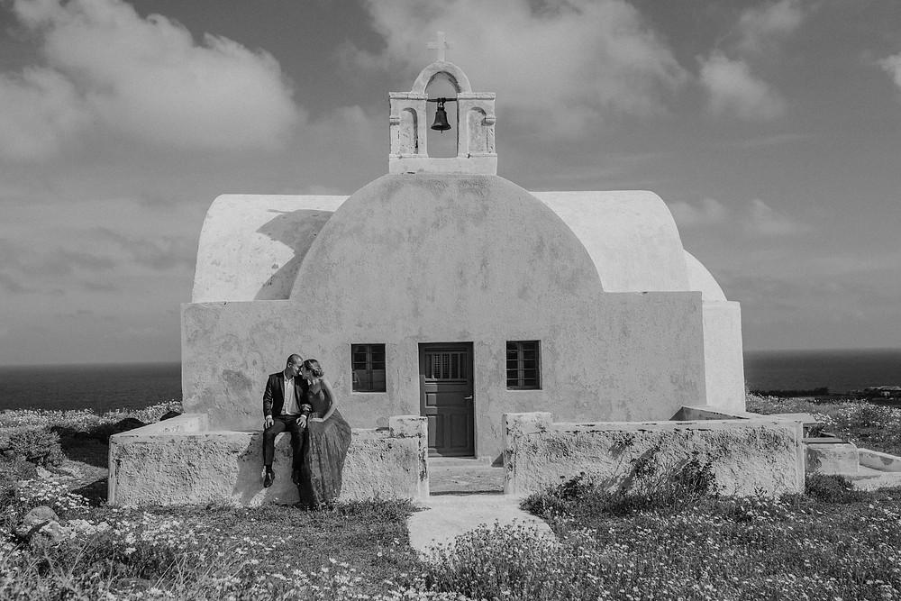 traveling wedding photographer
