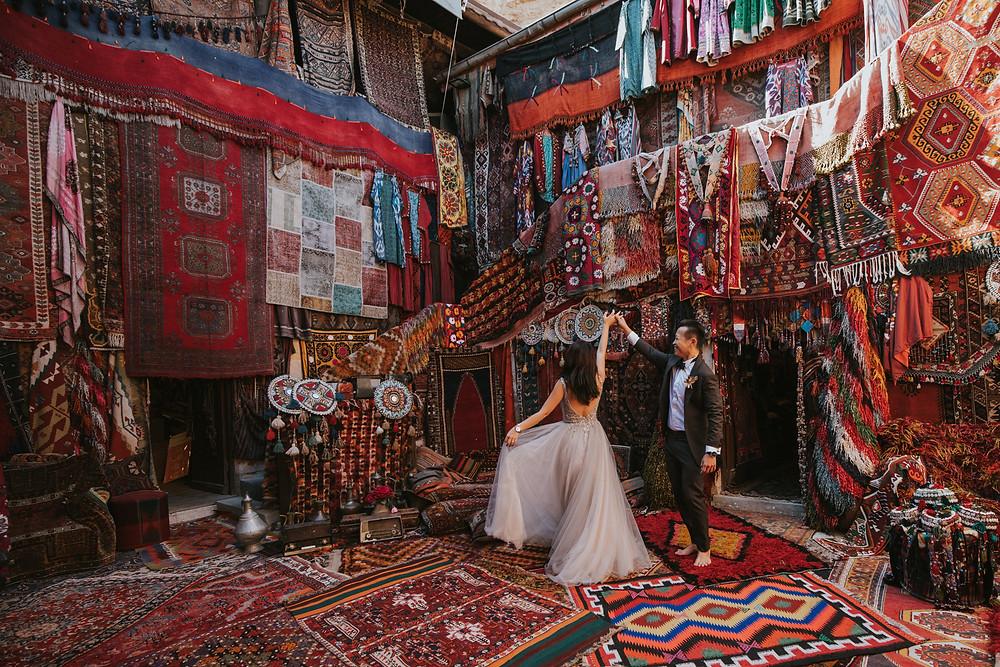 cappadocia engagement photographer carpet shop