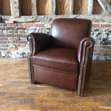 Level 3 traditional French club chair