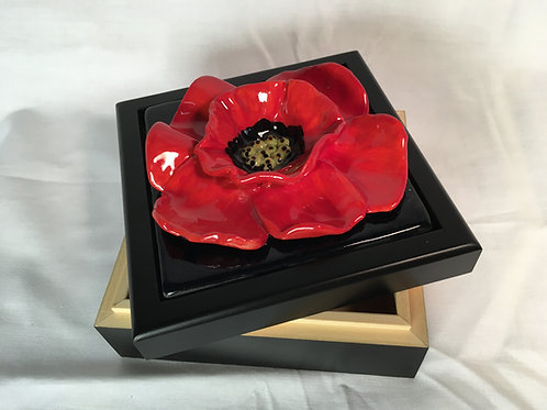 The Artistic Bath Poppy Box-Alder wood