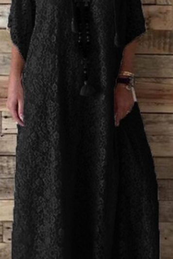 Lace Maxi Dress (3/4 length)