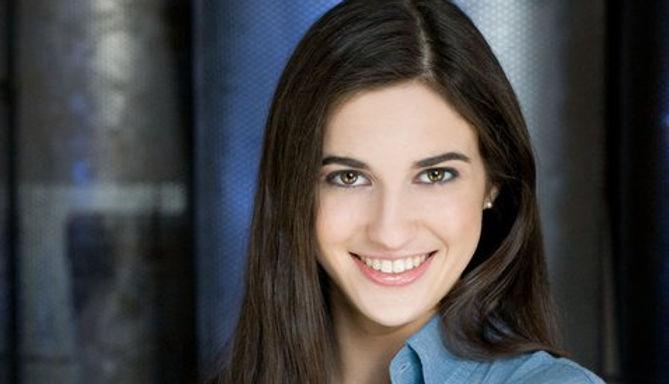 Olivia Daniels