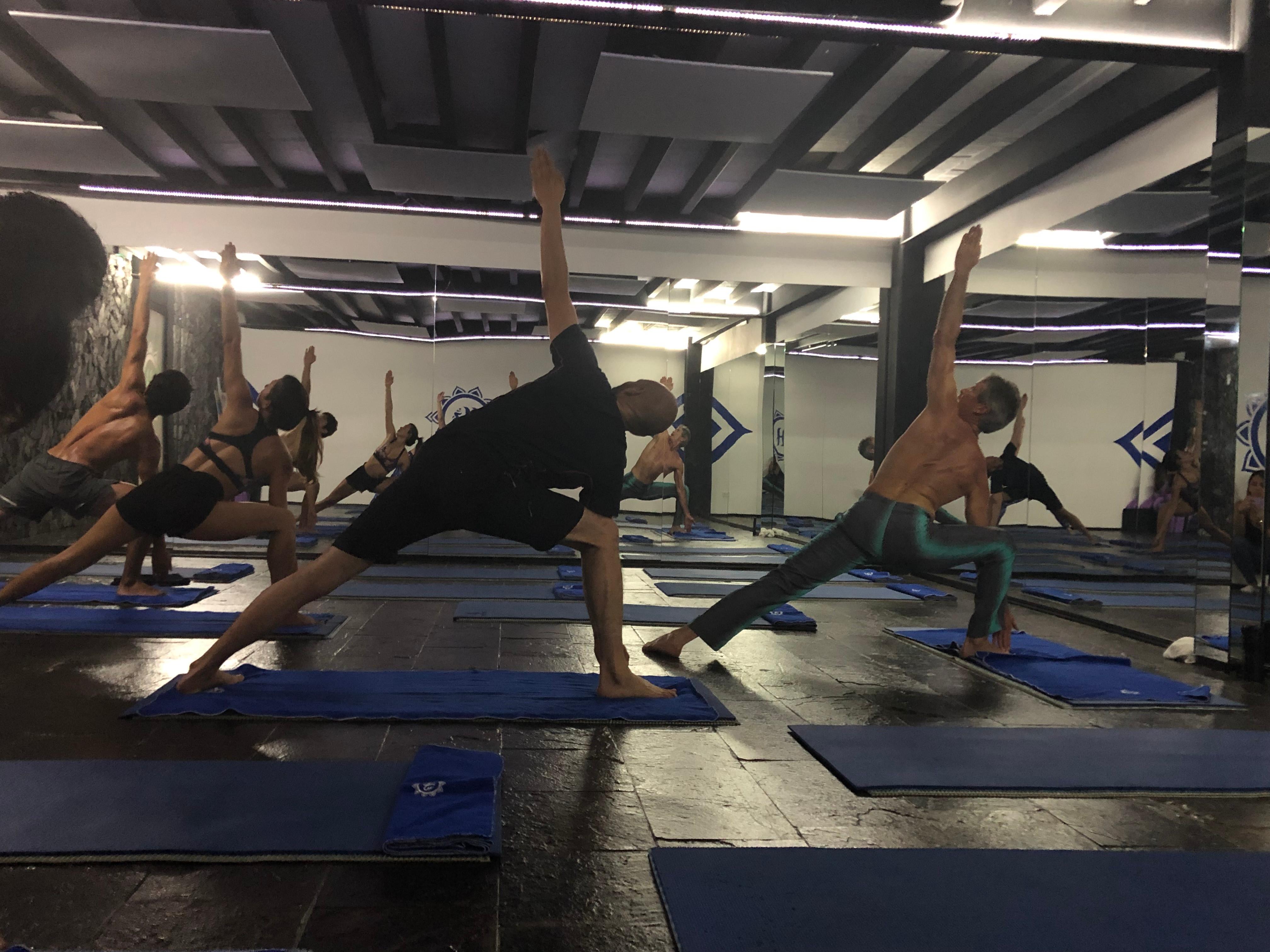 Yoga in English by Bryan