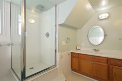 3 BEDROOM / 2.5 BATH