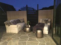 15 OUTDOOR LOUNGE