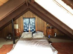 1 BEDROOM / 1 BATH / LOFT