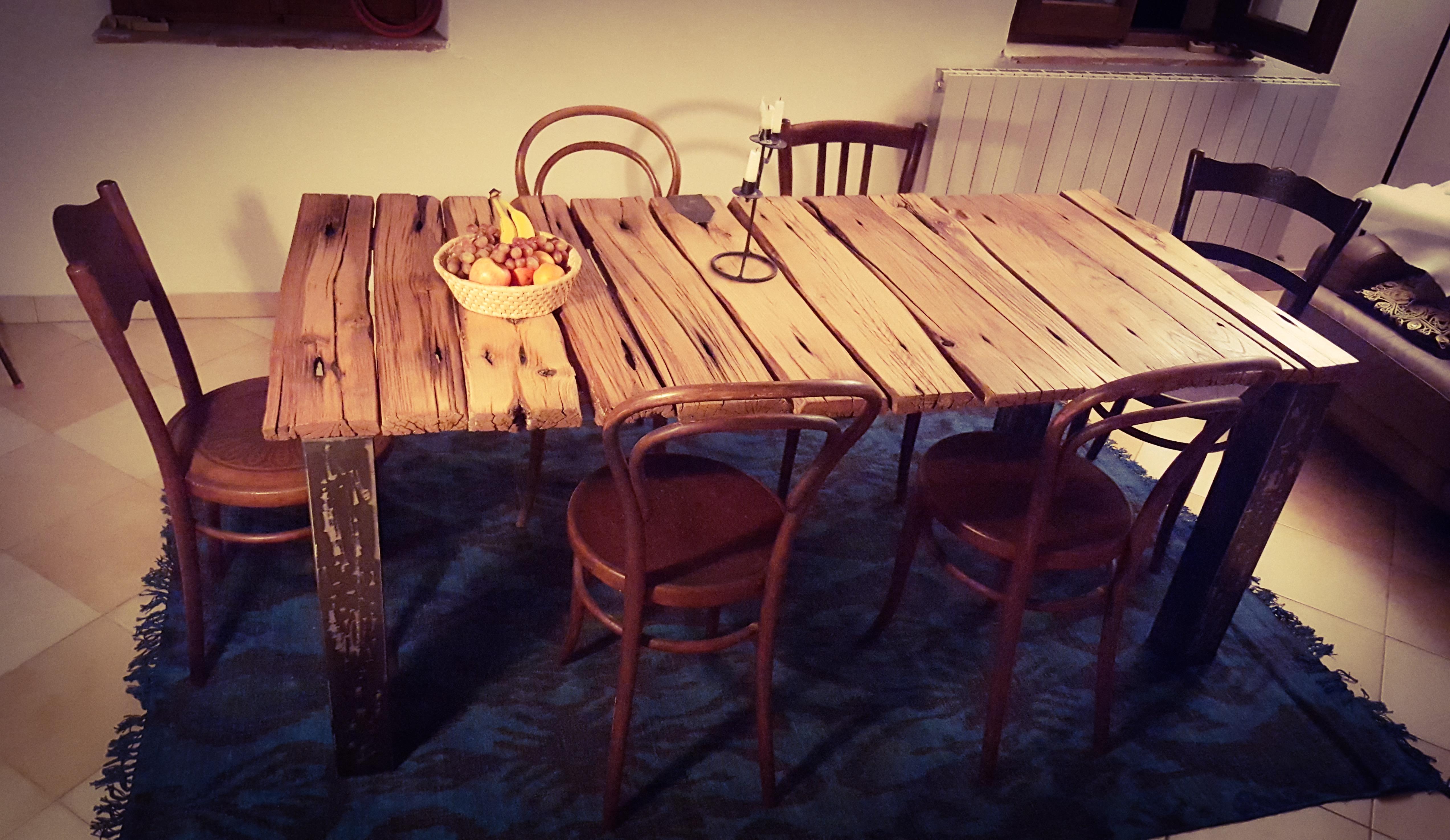 Tavolo con recupero assi da ponte