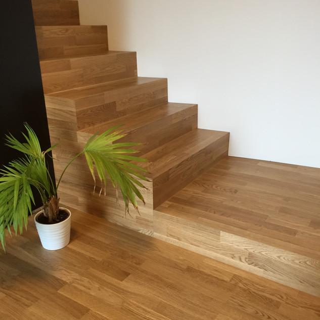 Parquet escalier chêne Bauwerk, Arbaz