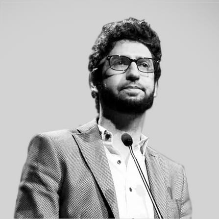 José Miguel Ventura: El vaso medio lleno