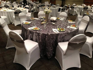 5 Benefits of Renting Your Dallas Wedding Chair Covers