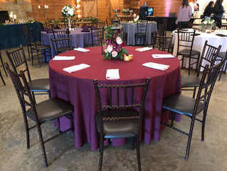 How to Choose the Colors of Your Fabric Napkins for Your Dallas Wedding
