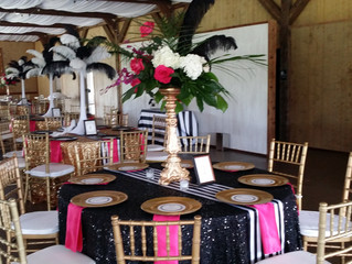 How to Decorate with Dallas Wedding Table Runners