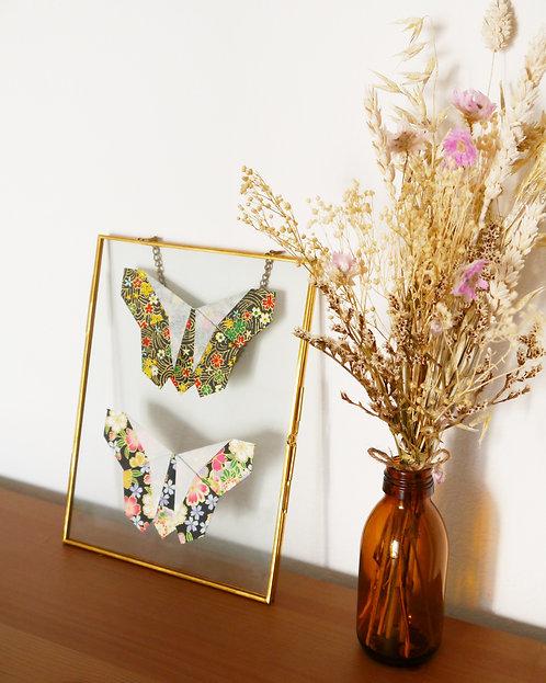 Papillons japonais noirs/dorés