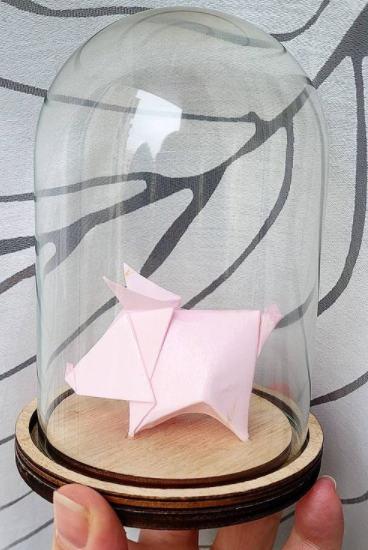Cloche en verre petit cochon