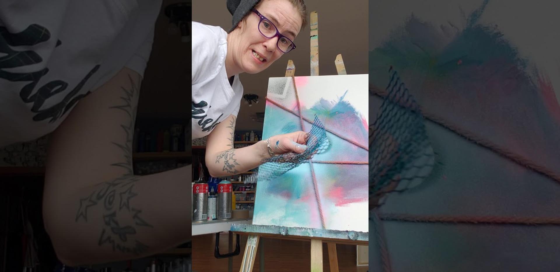 Base de peinture en canette