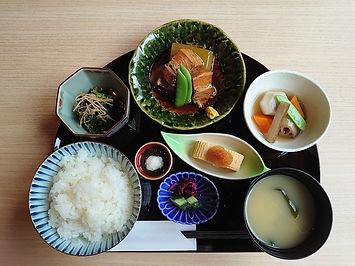 とろとろ豚角煮膳 冬瓜➀ 20210801 DSC_0395.JPG