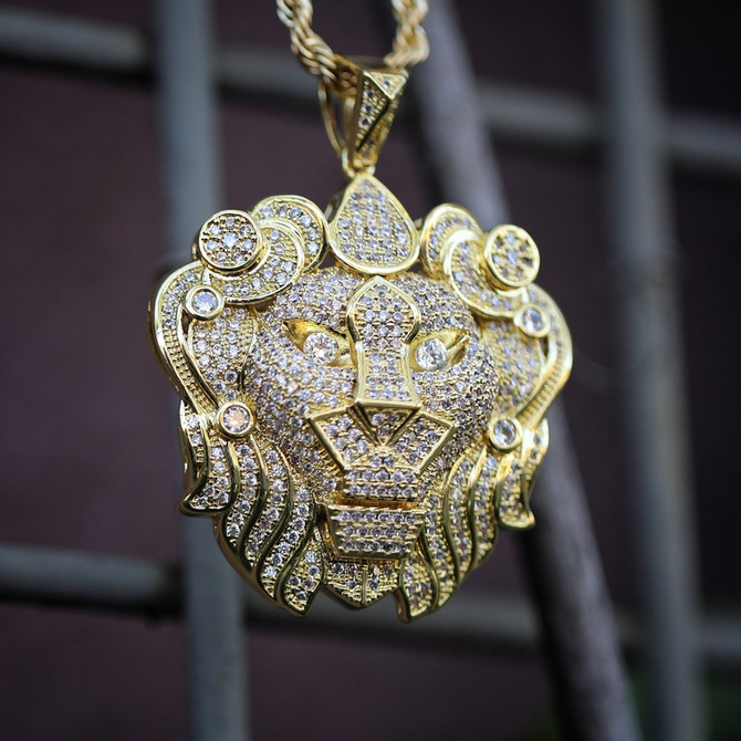 14k Yellow Gold Lion Head Necklace