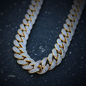 81d5297e1256 Gold Cuban Link Chains also known as Miami Cuban link chains