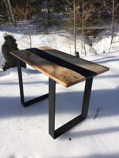 #18-06 Table d'appoint Black River