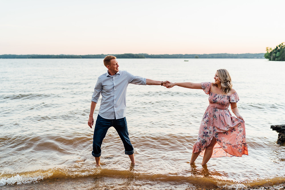 nashville-tennessee-lake-engagement