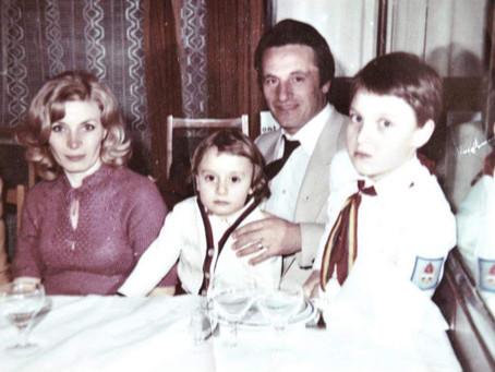 Partea a VI-a.Cine a fost MIHAI IVĂNCESCU?Familia.