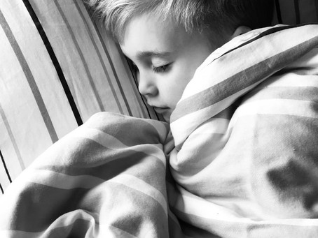 5 Ways To Establish a Healthy Sleep Routine For Your Child