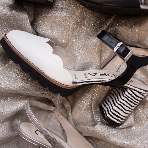 Gadea Black and White Slingback
