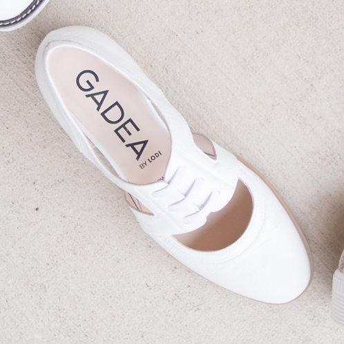 Gadea White Oxfords
