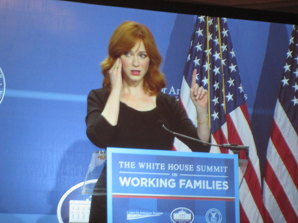 """Actress Christina Hendricks speaks out against """"Mad Men"""" workplace policies"""