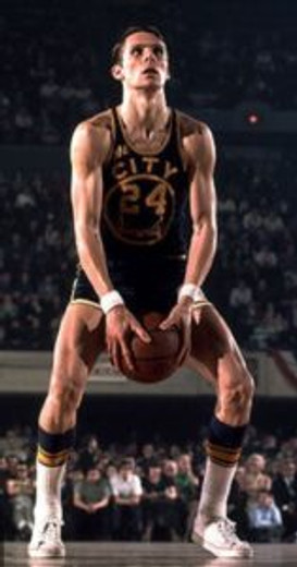 Rick Barry shot underhand free throws. (creative commons)