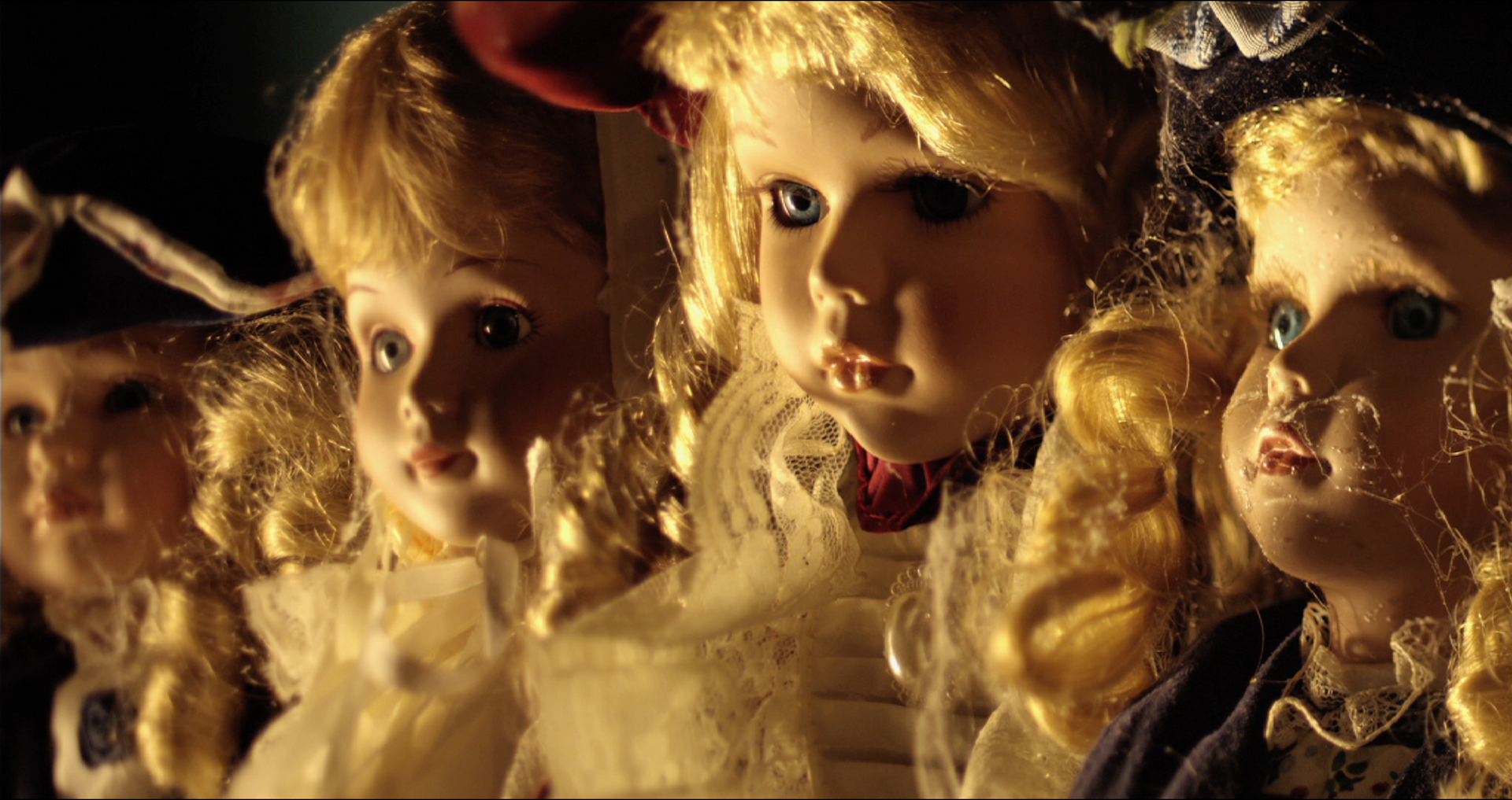 Dolls (2013) | UK | 4 mins | Colour | 5.1 | RED | Cooke S4s & Century Swing Swift
