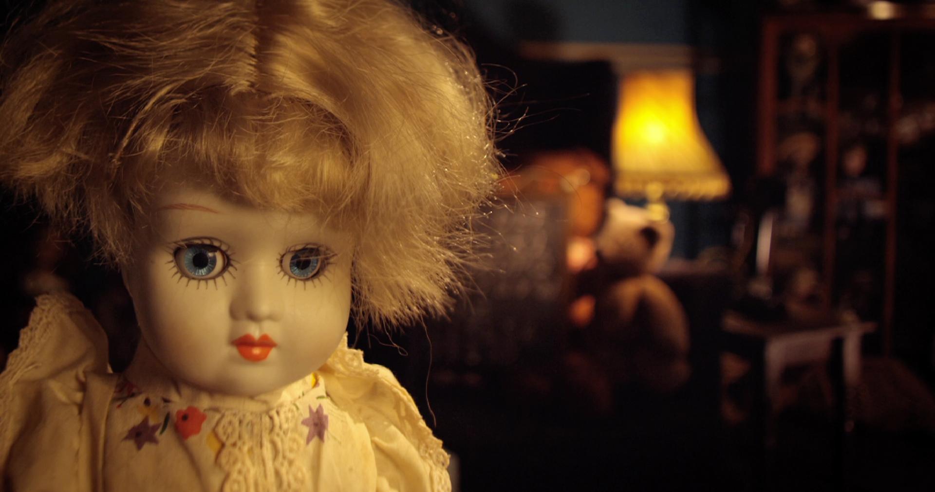 Dolls (2013)   UK   4 mins   Colour   5.1   RED   Cooke S4s & Century Swing Swift