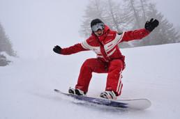"""""""La planche à neige, une activitée saine pour la jeunesse"""""""