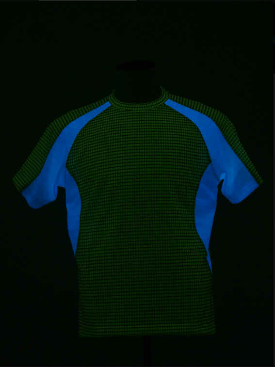 clothes04.jpg