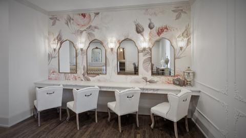 Milwaukee WI Event Center Quartz Vanity Bridal Suite