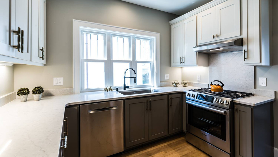 Shorewood WI Quartz Kitchen Countertops